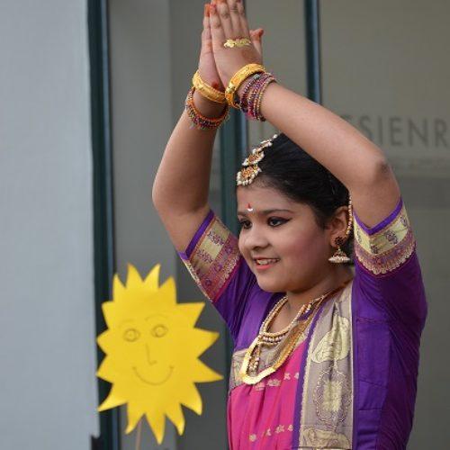 Indischer Tanz von Rushil