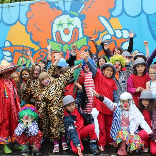 Bespiele die Stadt-                                  Zirkus Pumpernudl