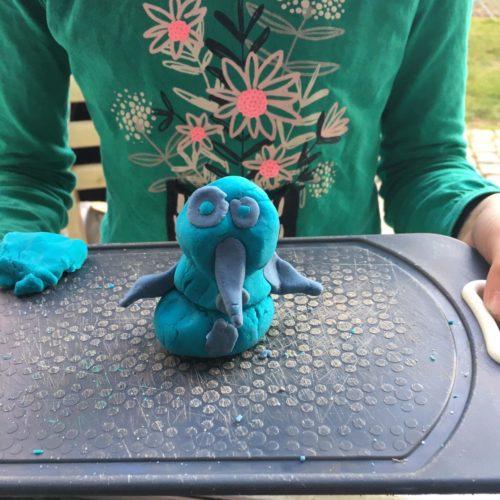 Bunte Knete aus dem Spielhaus im Arnulfpark